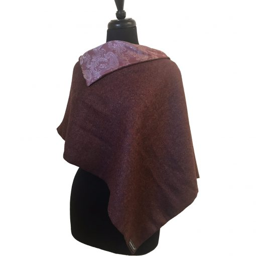 Clara poncho Red/cherry 3 quarter front view