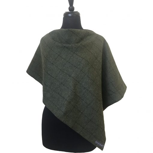 Clara poncho green 3 quarter front view collar in