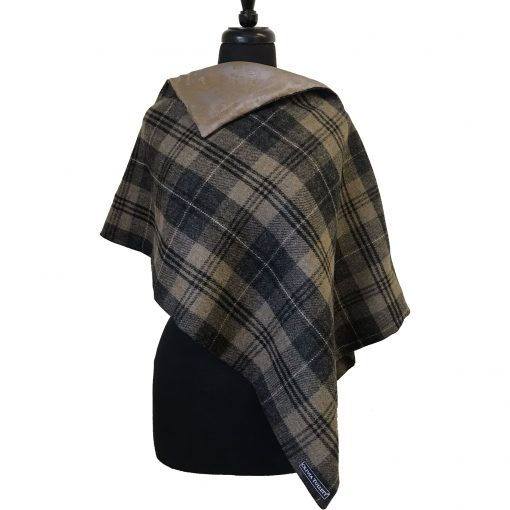 Clara poncho Grey/brown/gold 3 quarter front view square